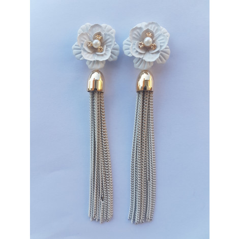 Flower Petal Pearl Long Chain Tassel Earrings (White-Gold)