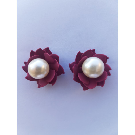 Floral Pearl Studs (White-Red)