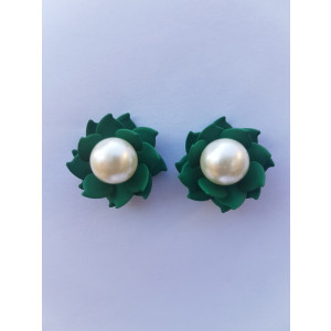 Floral Pearl Studs (Green)