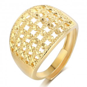 Hollowing Craft Gold Color Ring